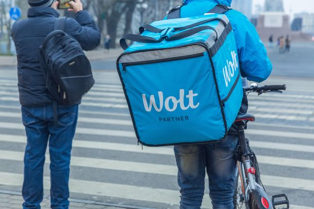 Woltin pyörälähetti Latviassa.