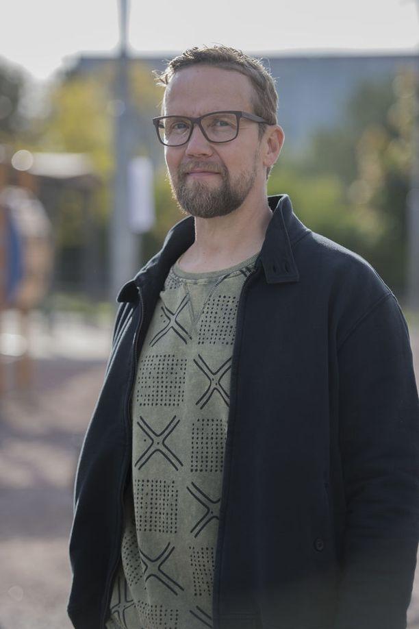 Ohjaajan töitäkin tekevä Petteri Summanen on nähty viime aikoina muun muassa Yösyöttö-elokuvassa ja Onnela-tv-sarjassa. Kuva on vuodelta 2016.
