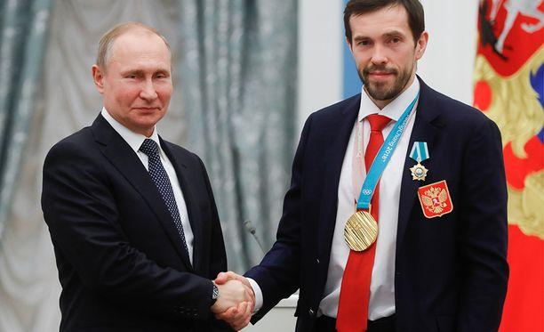 Kesällä 40 vuotta täyttävä, venäläiset olympiakultaan kipparoinut Pavel Datsjuk johdattaa joukkueensa Tanskan MM-jäälle.