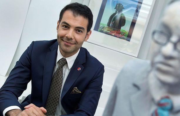 Vantaalla varttunut Hussein al-Taee valittiin eduskuntaan SDP:n listalta.