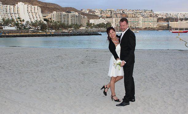 Hääjuhlaa vietettiin kauniilla Gran Canarian saarella.