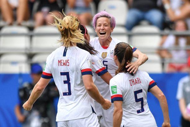Yhdysvaltain naisten maaliero on neljän MM-ottelun jälkeen huimat 20-1.