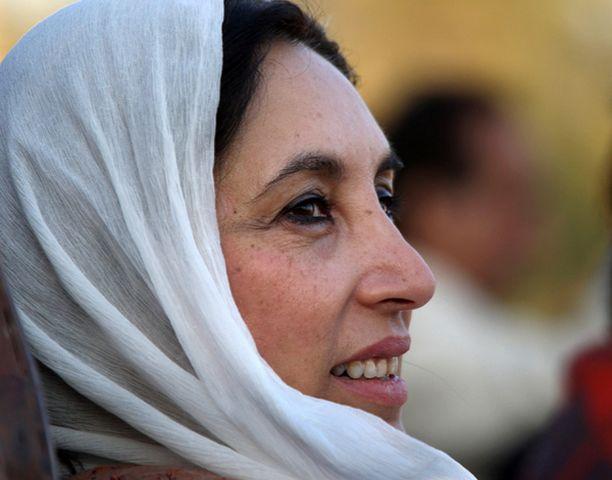 Benazir Bhutto lähetti kaksi kuukautta sitten avustajalleen viestin, jossa hän syyttää presidentti Pervez Musharrafia kuolemastaan.