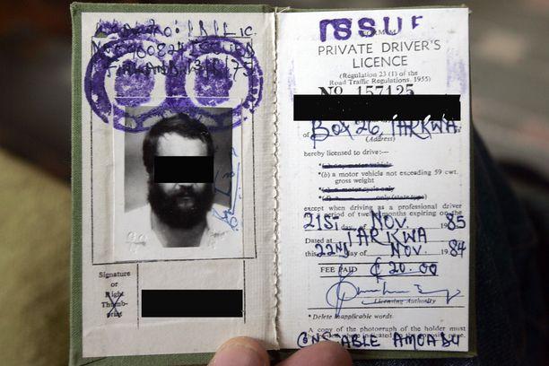 Edes rikoslaboratorio ei aina pysty varmistamaan ulkomaisen dokumentin aitoutta. Kuvassa aito ghanalainen ajokortti.