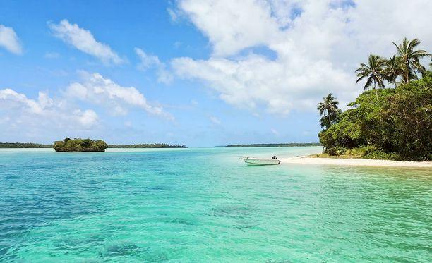 Uusi-Kaledonia kuuluu Ranskalle ja sijaitsee Tyynenmeren keskellä.