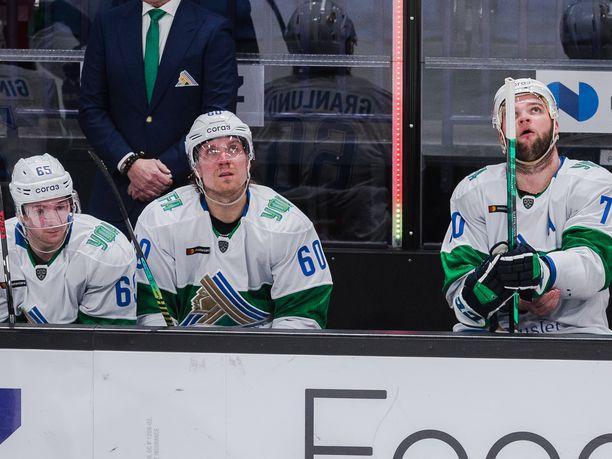 Suomen parhaat pistemiehet KHL:n runkosarjassa löytyivät Ufan ykkösketjusta: Sakari Manninen (vas.), Markus Granlund (kesk.) ja Teemu Hartikainen olivat pistepörssin kärkikympissä.