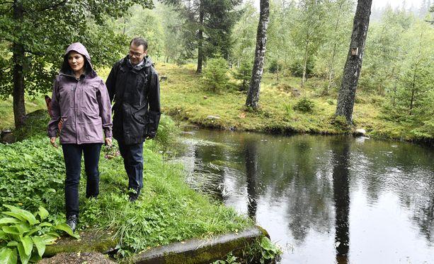 Victoria ja Daniel aikovat kiertää kaikki Ruotsin maakunnat.