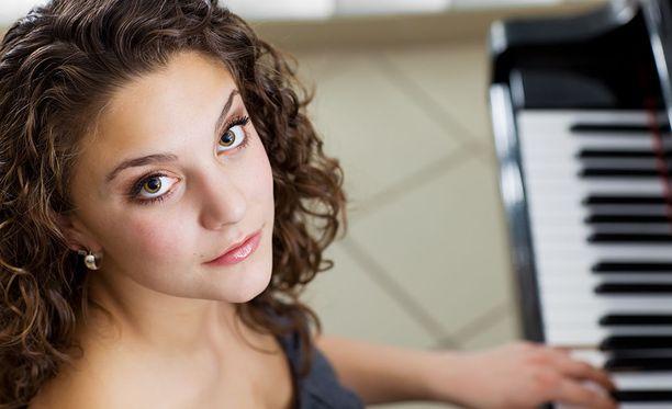 Viita kertoo, että häiritsevä elämä voi tarkoittaa pianon soittoa, joka jatkuu aamu kahdeksasta ilta neljään.