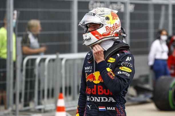 Max Verstappenin mekaanikoilla riittää jälleen töitä.