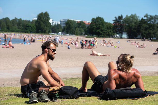 Myös Helsingissä on vietetty helteistä kesäpäivää. Kuvituskuva.