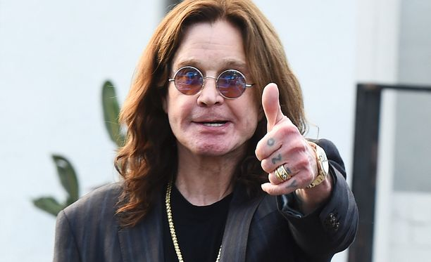 Ozzy Osbourne tahtoi viileämpää vettä uima-altaaseensa helleaallon kourissa.