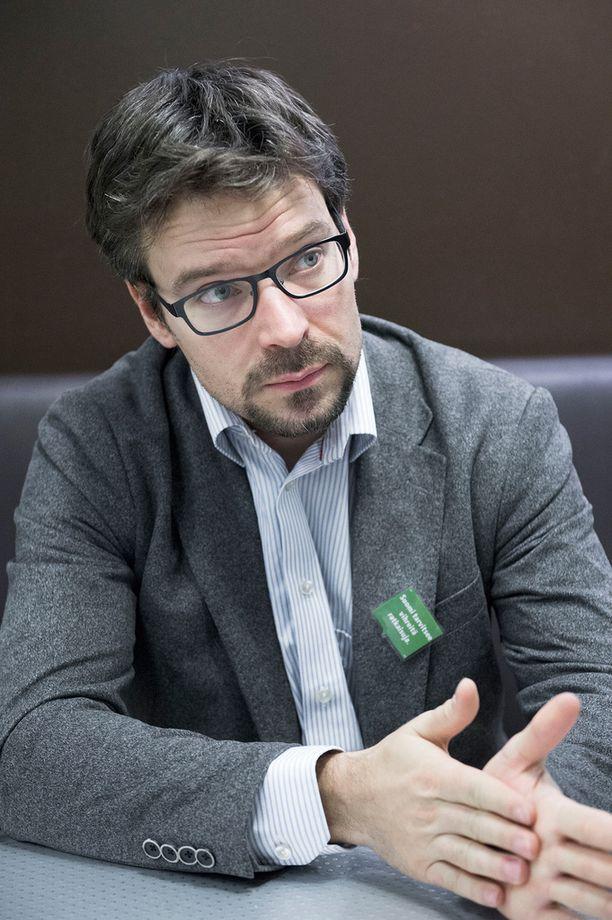 Ville Niinistö on Stubbin ohella yksi aktiivisimmista twiittalijoista.