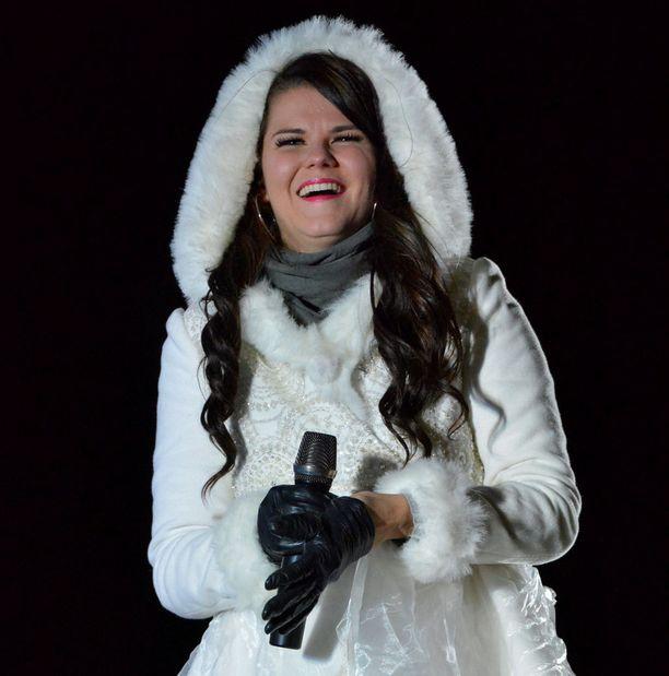 Saara Aalto sijoittui toiseksi Ison-Britannian X Factorissa.