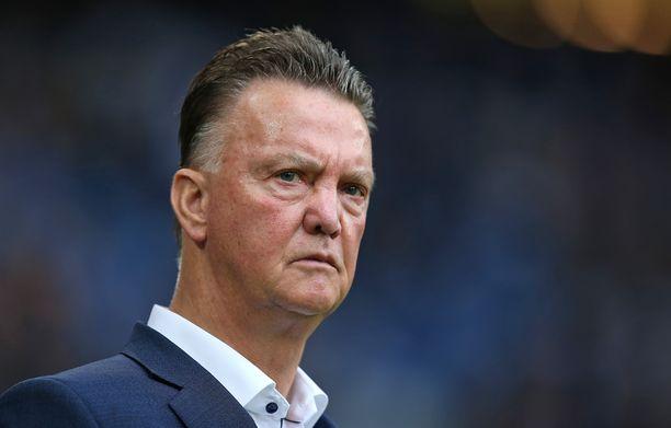 Louis van Gaal ei katso Ajax-johdon kommentteja hyvällä.