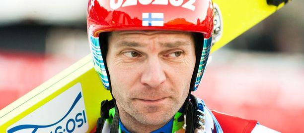 Janne Ahonen aloittaa kisat huomenna.