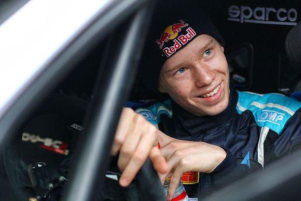 Kalle Rovanperä teki viime vuonna historiaa: toisen polven ralliässä on kaikkien aikojen nuorin MM-pisteille yltänyt.