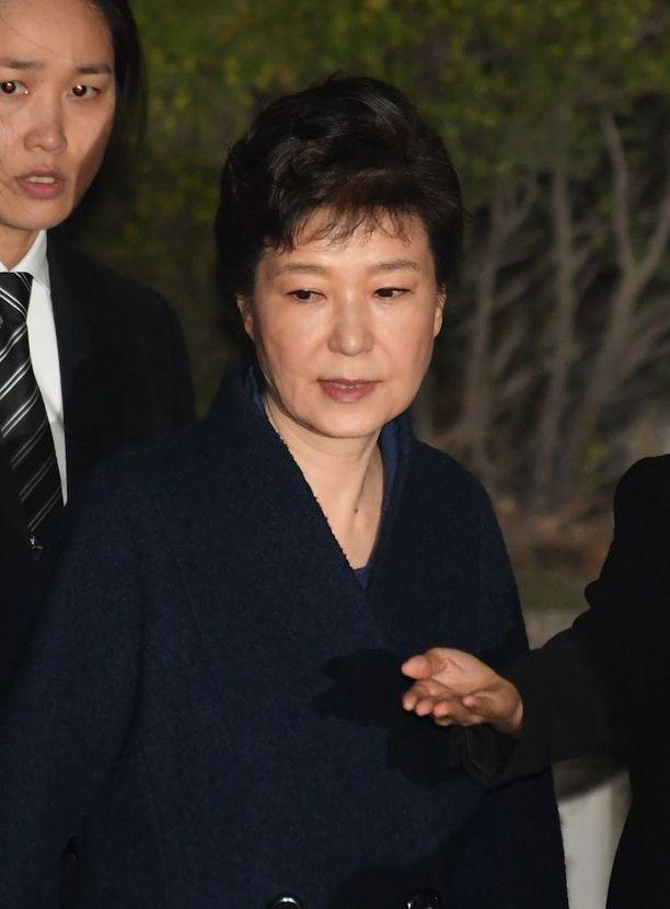 Park Geun-hyen pelättiin tuhoavan todisteita jos häntä ei pidätetä.