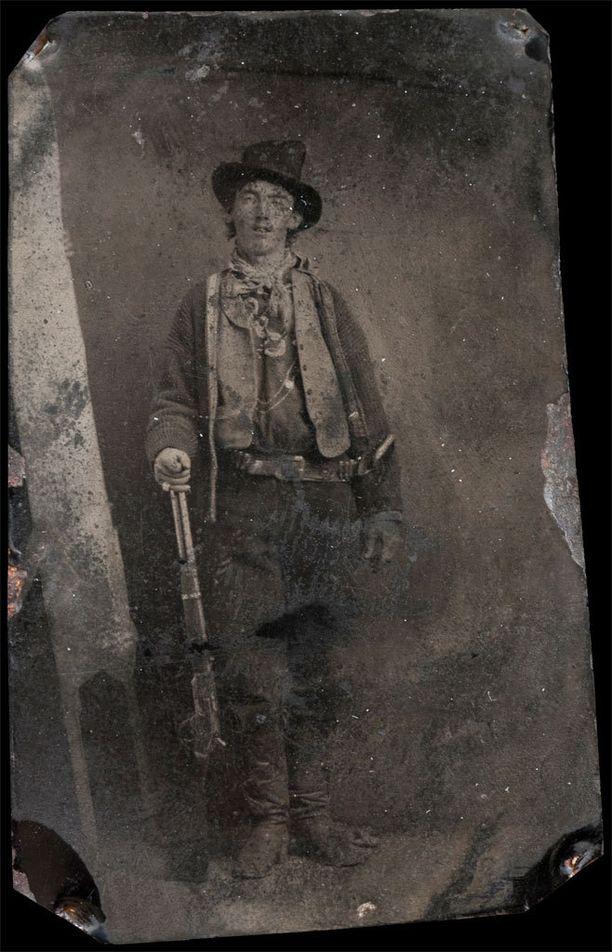 Kuuluisin ja tähän asti ainoana pidetty kuva Billy the Kidistä myytiin 2,3 miljoonalla dollarilla.