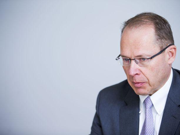 Toimitusjohtaja Heikki Malinen ennustaa Postin lopettavan lehtien jakelun 2020-luvulla.