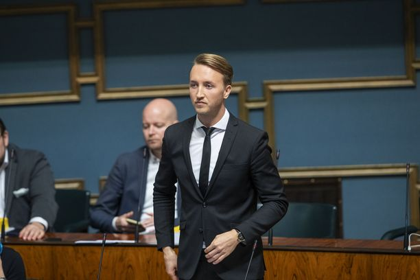 Ilmari Nurminen edusti pääministerin tilaisuudessa eduskunnan musiikkiverkoston puheenjohtajana. Kuva vuodelta 2019.
