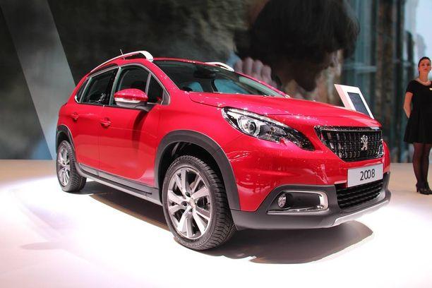 Peugeotin osastolla esiteltiin myös uudistunutta 2008-mallia.