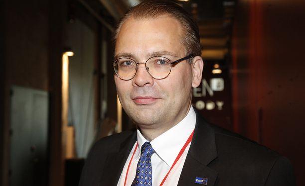 Jussi Niinistön mukaan PS-ministereillä riittää vielä petrattavaa.