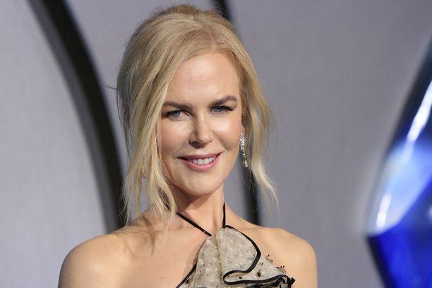 Nicole Kidman on etääntynyt adoptiolapsistaan.