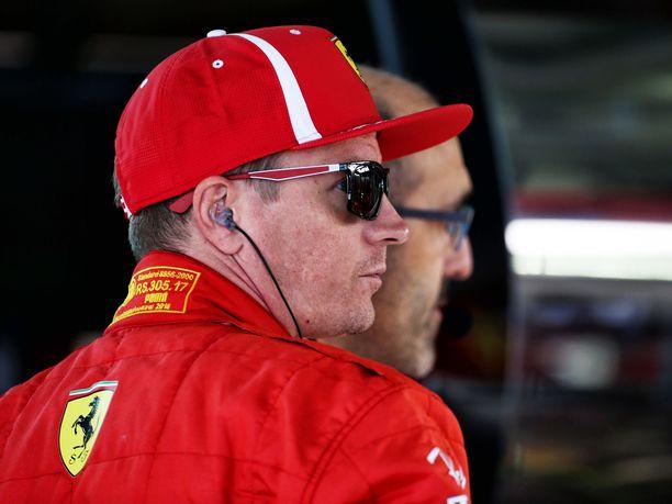 Kimi Räikkönen ja Sebastian Vettel eivät pystyneet taistelemaan paalupaikasta Venäjän GP:n aika-ajoissa.
