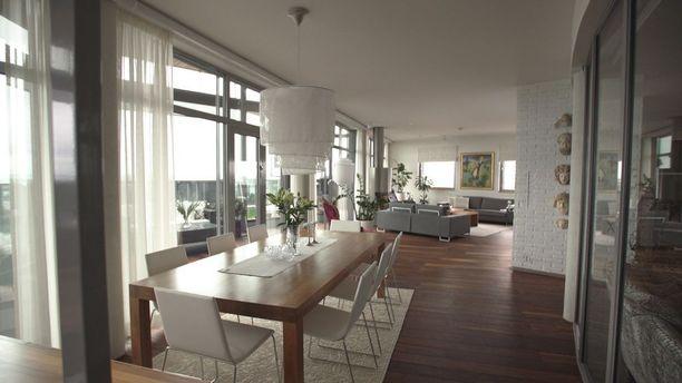 Joensuun kallein asunto on tämä 248-neliöinen kerrostaloasunto Penttilässä. Asunnon pyyntihinta on 1 650 000 euroa.