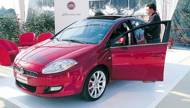 TÄRKEIN MALLI Fiat kutsui Roomaan 800 toimittajaa tutustumaan uuteen Bravoon.