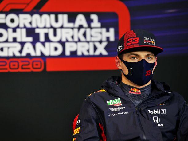 Max Verstappen oli pettynyt mies aika-ajon jälkeen.