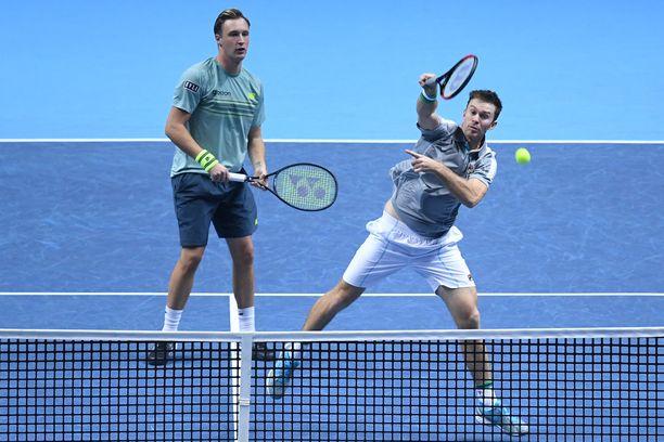 Henri Kontinen ja John Peers raivasivat tiensä Grand Slam -finaaliin Australiassa.