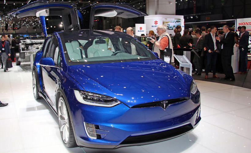 Tesla 3 Hinta
