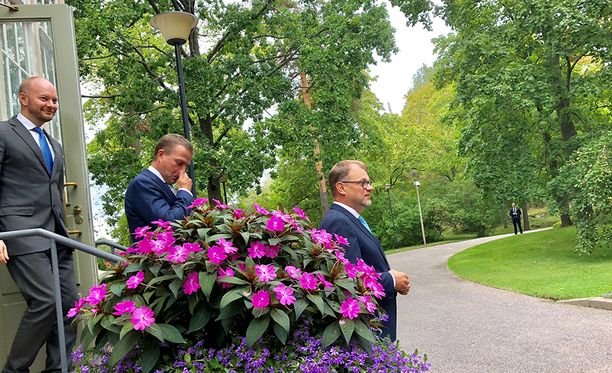 Hallitus pitää tiedotustilaisuuden kello 14 valtioneuvoston linnassa. Kuva tiistailta Kesärannasta.