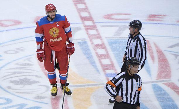 Aleksandr Ovetshkin ei paiskannut kättä ruotsalaisten kanssa.