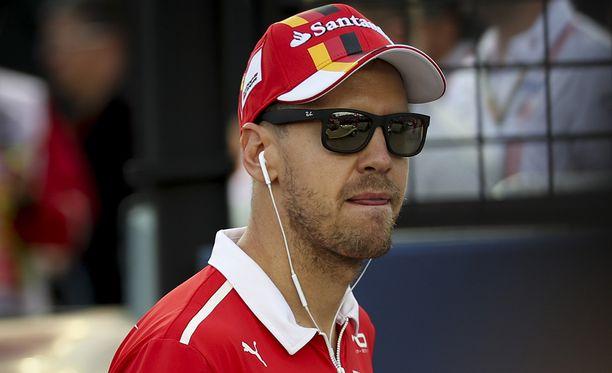 Sebastian Vettel teki karhunpalveluksen Ferrarille.