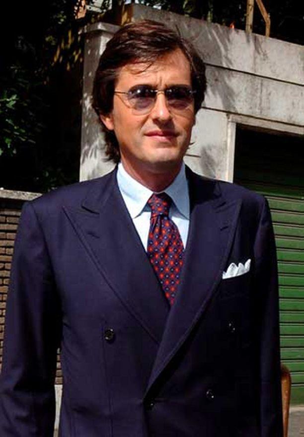 SYYTTÄJÄ Roberto Palazzi vaatii AC Milanin, Juventuksen, Lazion ja Fiorentinan pudottamista pois Serie A:sta.