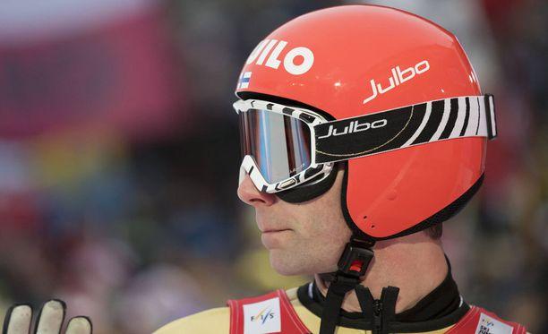 Janne Ahonen oli normaalimäen karsinnan suosituin hahmo.