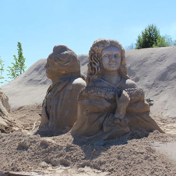 Lappeenrannan hiekkalinnan veistosten aiheet on tänä vuonna poimittu kaupungin historiasta.