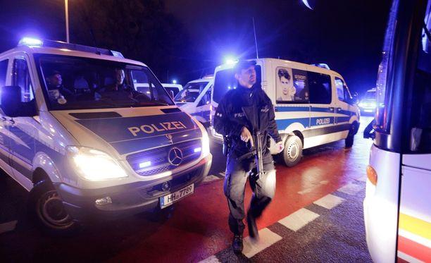 Stadion evakuoitiin Hannoverissa.