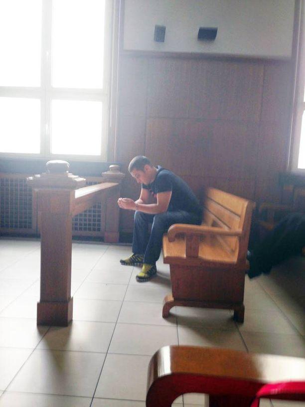 Murhasta 17,5 vuodeksi vankilaan tuomittu Kirill Simeonov oikeudessa Bulgariassa.