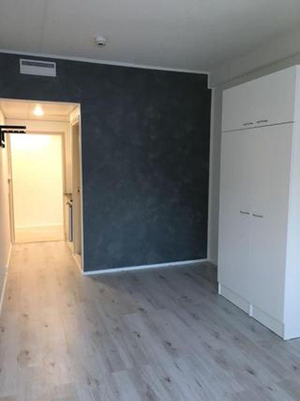 Ilmoituksessa kerrotaan, että huoneisto on remontoitu tammikuussa 2018.