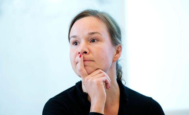 Rosa Meriläinen kuuluu feministisen ajatushautomo Hatun johtoon.