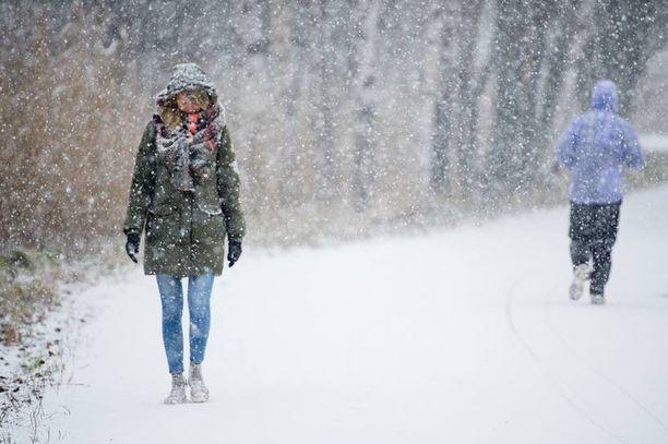 Lumisade voi jättää maan valkoiseksi etelässäkin – mutta vain toviksi.