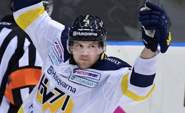 Max Wärn on HV71:n luottohyökkääjiä.