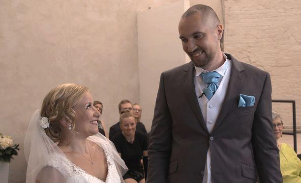 Miina ja Heikki saivat hymyn puserrettua ulos jännityksestä huolimatta.
