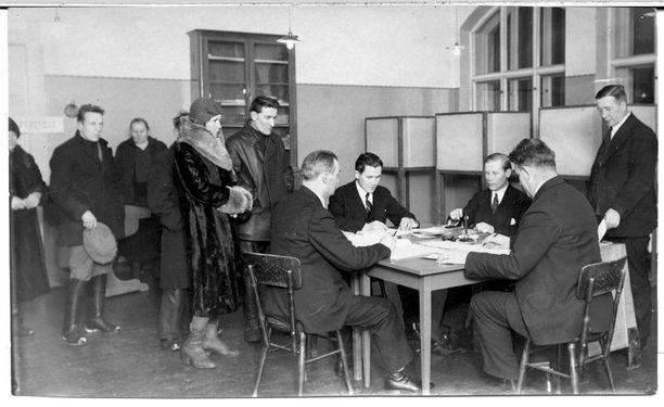 Kieltolakiäänestys Tampereella vuonna 1931.