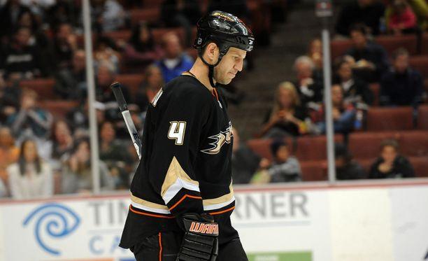 Nick Boynton kertoo hurjassa tarinassaan, kuinka NHL-seura hylkäsi hänet vaikealla hetkellä.