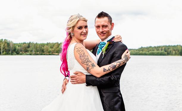 Susanne ja Leevi tapasivat toisensa ensimmäisen kerran jo vuonna 2009, mutta ensimmäiset kolme neljä vuotta menivät vihanpidon merkeissä.