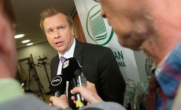 Keskustan ryhmyri Antti Kaikkonen on Sipilän kanssa samaa mieltä.